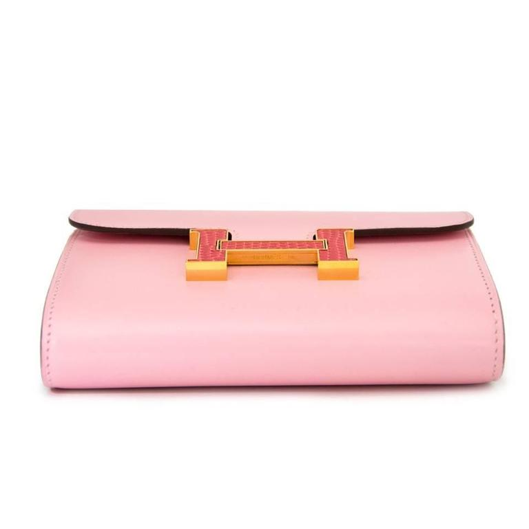 Women's Brand New Pink Hermes Constance Compact  Wallet  For Sale