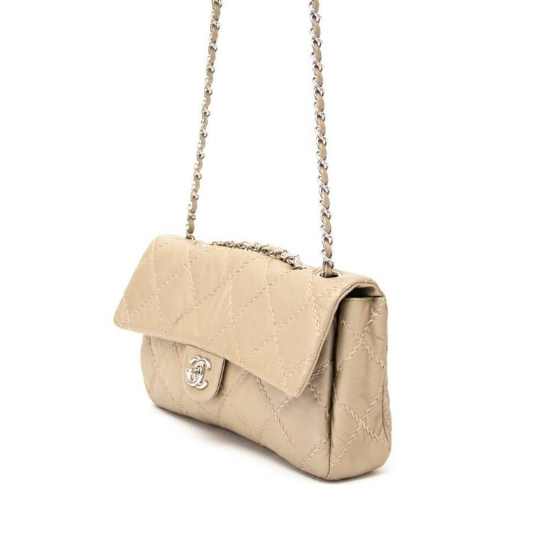2e97d1b4fe66 This elegant Chanel ultra stitch flap bag in gold is a true must for every  Chanel