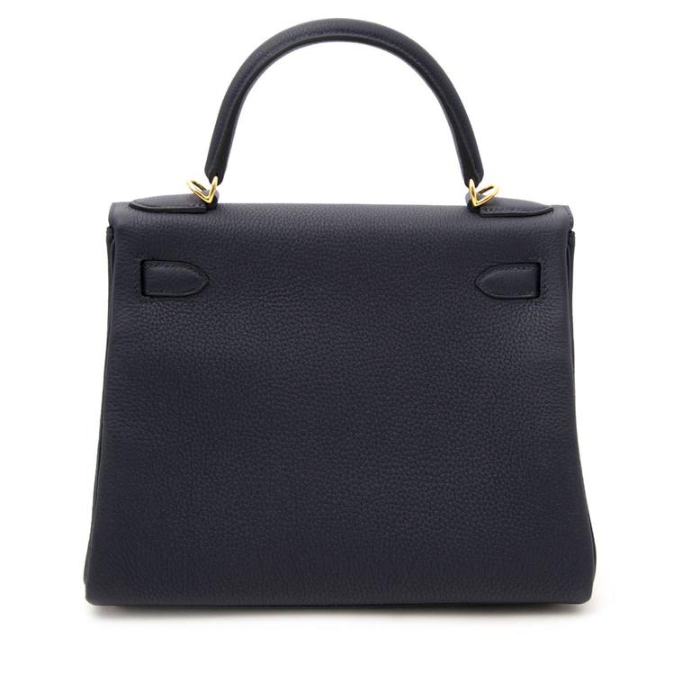 BRAND NEW Hermes Kelly Retourne 28 Togo Bleu Nuit GHW In New Condition For Sale In Antwerp, BE