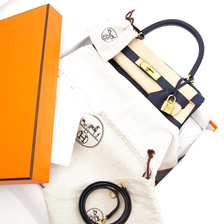 BRAND NEW Hermes Kelly Retourne 28 Togo Bleu Nuit GHW For Sale 2