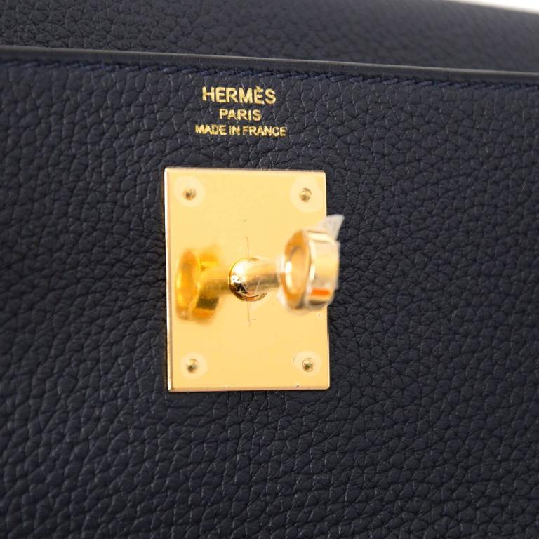 BRAND NEW Hermes Kelly Retourne 28 Togo Bleu Nuit GHW For Sale 3