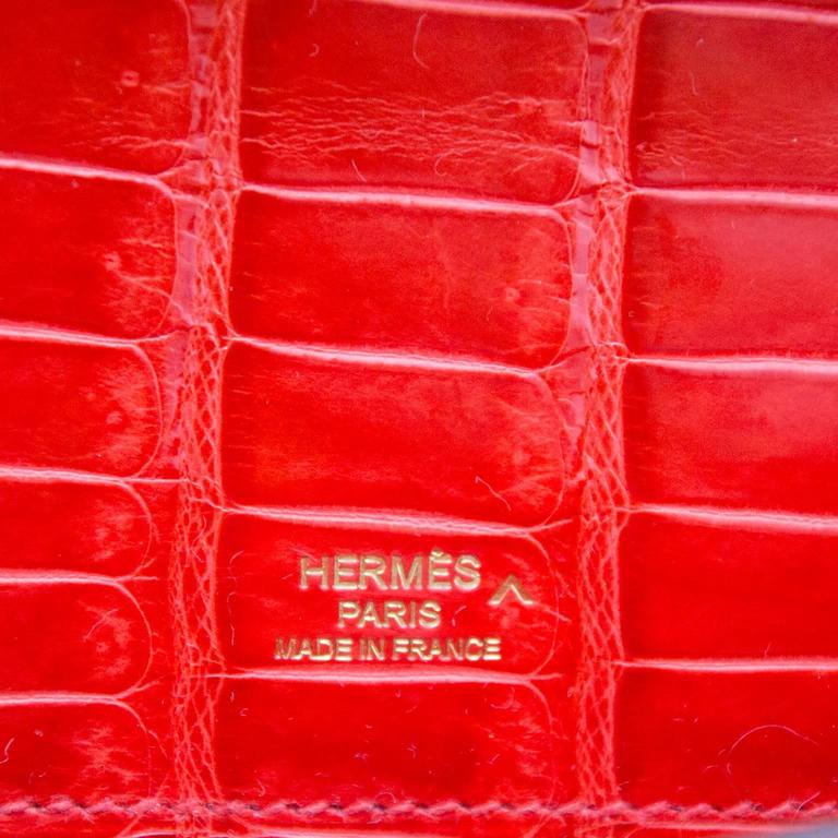 Hermès Brand New Kelly Cut Pochette Crocodile Porosus Lisse Orange  6