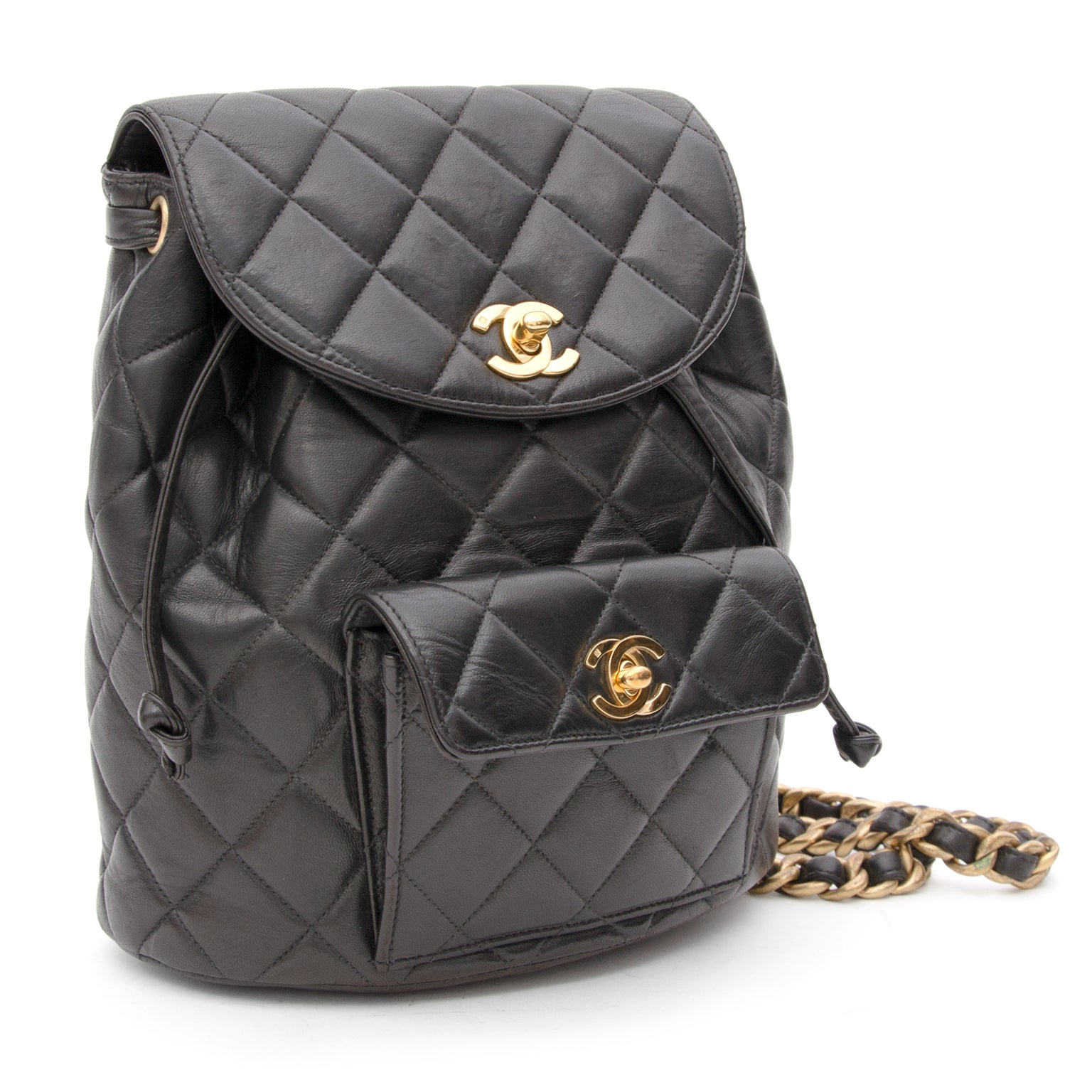 401ea706be73 Chanel Black Quilted Leather Backpack at 1stdibs