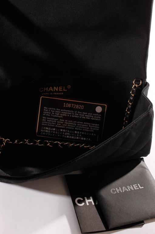Chanel Satin Camellia Clutch Bag - black/white/silver For Sale 2