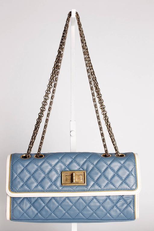 Women's Chanel Baguette Bag - light blue/off-white/bronze For Sale