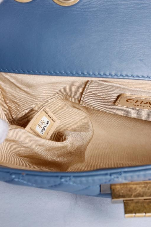 Chanel Baguette Bag - light blue/off-white/bronze For Sale 1