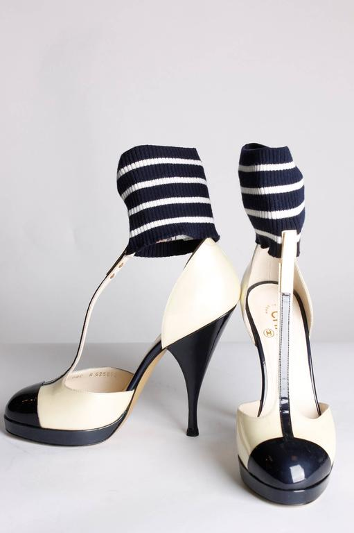 Chanel T Strap Ankle Cuff Pumps - dark navy blue/champagne patent leather 4