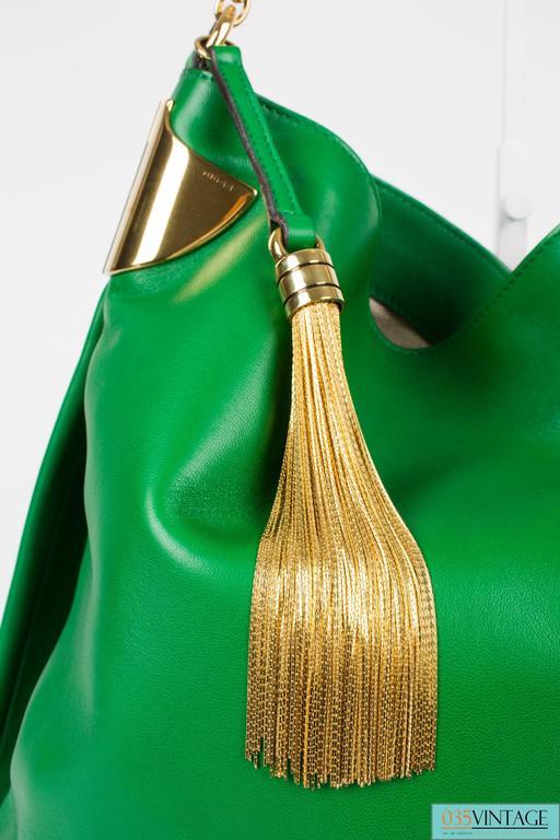 Gucci 1970 Medium Shoulder Bag - green leather/gold For Sale 2