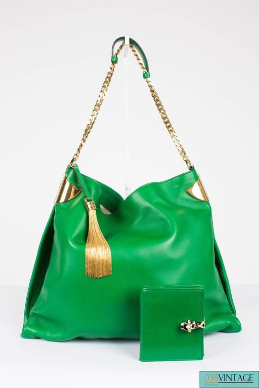 Gucci 1970 Medium Shoulder Bag - green leather/gold For Sale 1
