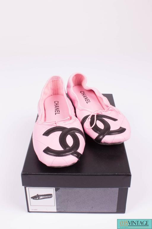 Pink Chanel Ballerina Flats Cambon - pink/black  For Sale