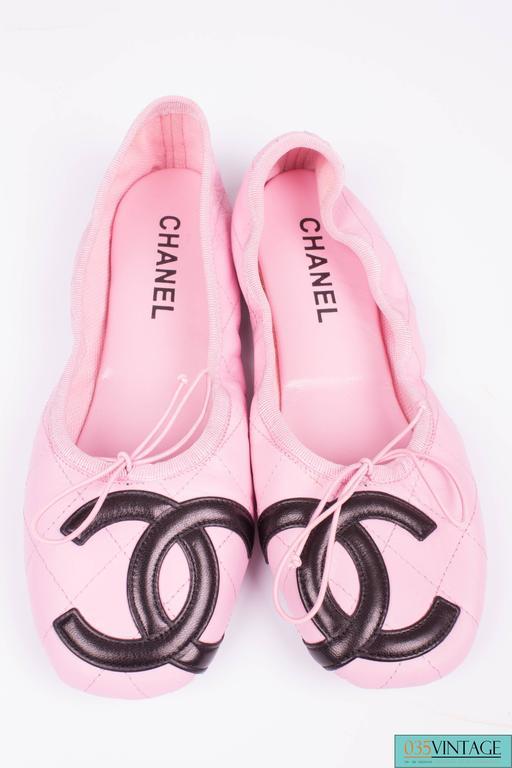 Women's Chanel Ballerina Flats Cambon - pink/black  For Sale