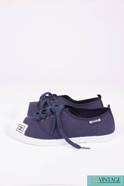 Black Chanel Sneaker Canvas - dark blue/white For Sale
