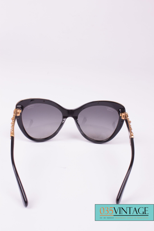 f5ae3e37b0f Chanel Cat Eye Sunglasses Camellia Flowers Gold - black at 1stdibs