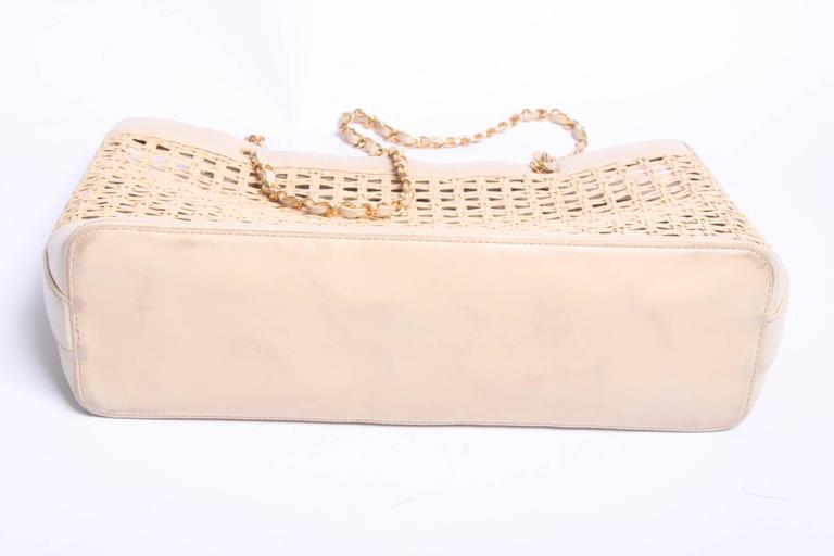 Chanel Basket Tote Shoulder Bag Vintage - straw & beige leather 1996 2