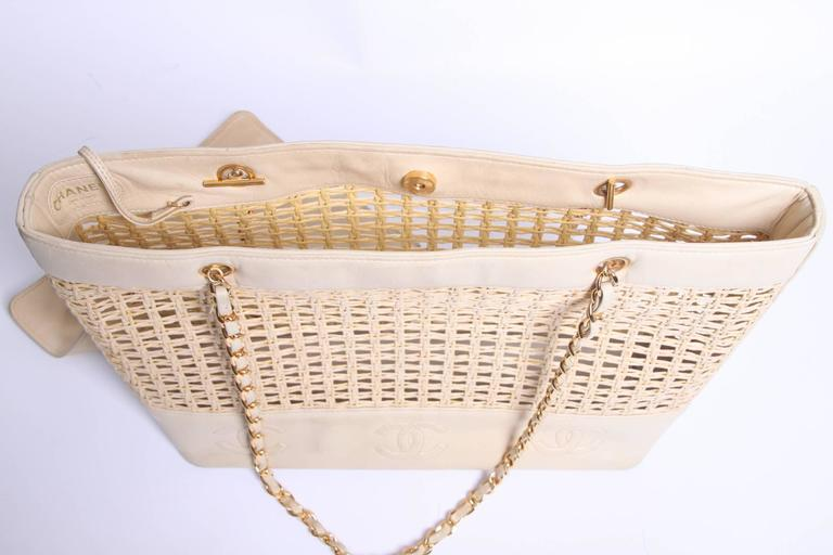 Chanel Basket Tote Shoulder Bag Vintage - straw & beige leather 1996 4