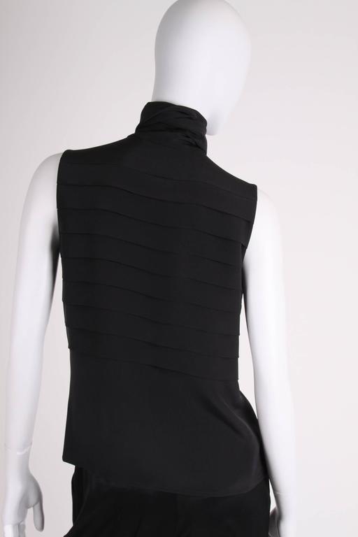 Women's  Chanel Silk Sleeveless Blouse - black  For Sale