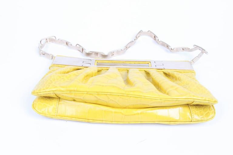Versace Leather Clutch Croco Print - yellow 2008 In Excellent Condition For Sale In Baarn, NL