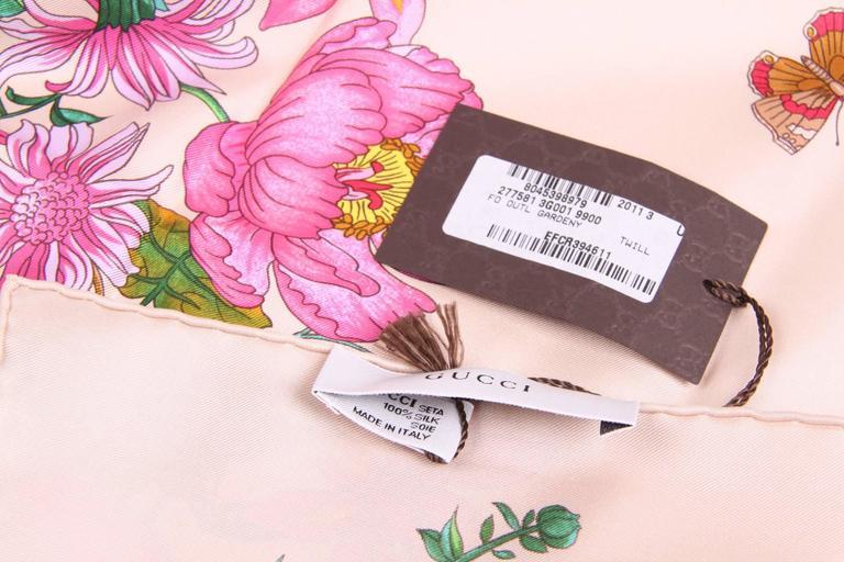 Beige Gucci Silk Scarf Flower Print Gardeny - beige For Sale