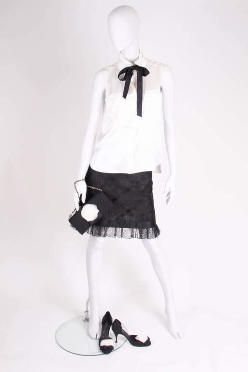 Women's  Chanel Silk Sleeveless Blouse - ivory white  For Sale
