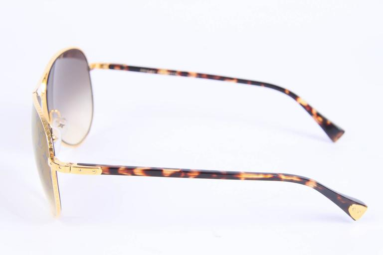 Louis Vuitton Conspiration Pilote Sunglasses - gold/brown In Excellent Condition For Sale In Baarn, NL