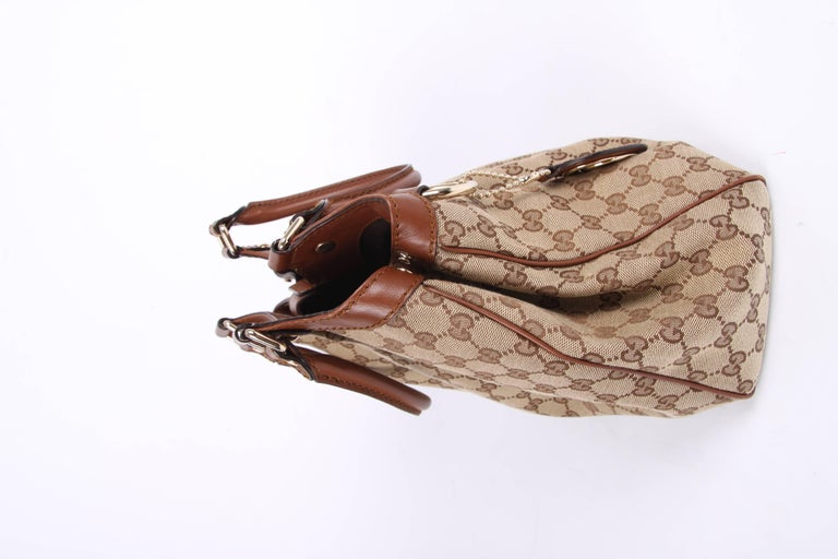 03dc87990 Gucci GG Sukey Tote Bag Medium - brown In Good Condition For Sale In Baarn,