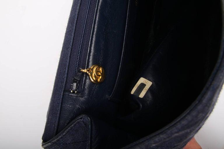 Women's Chanel 2.55 Timeless Maxi Denim Single Flap Bag - blue 1991 For Sale