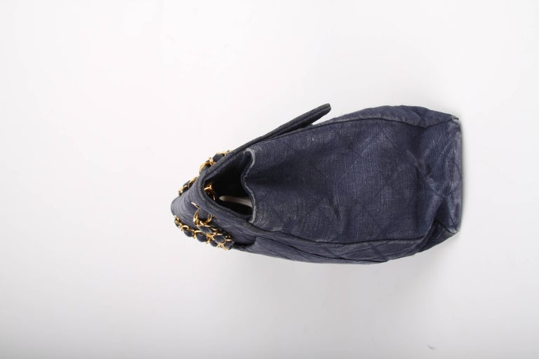 Chanel 2.55 Timeless Maxi Denim Single Flap Bag - blue 1991 For Sale 1