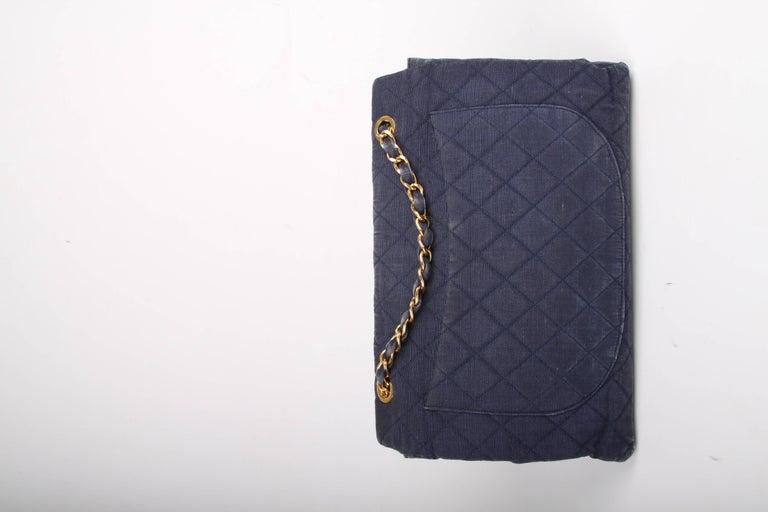 Chanel 2.55 Timeless Maxi Denim Single Flap Bag - blue 1991 For Sale 2