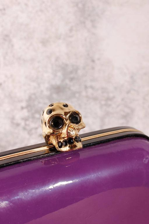 Alexander McQueen Skull Box Clutch - purple patent leather 3