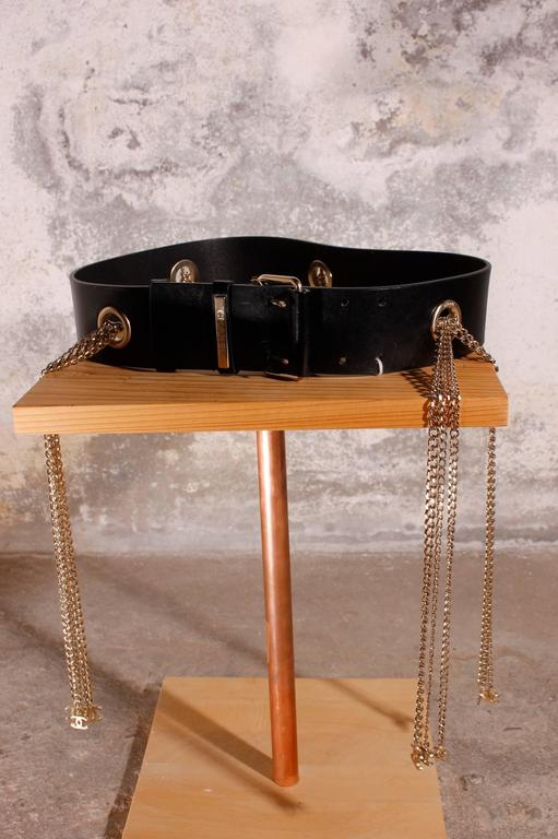 Chanel Leather Belt with Silver Chains CC-logo 4