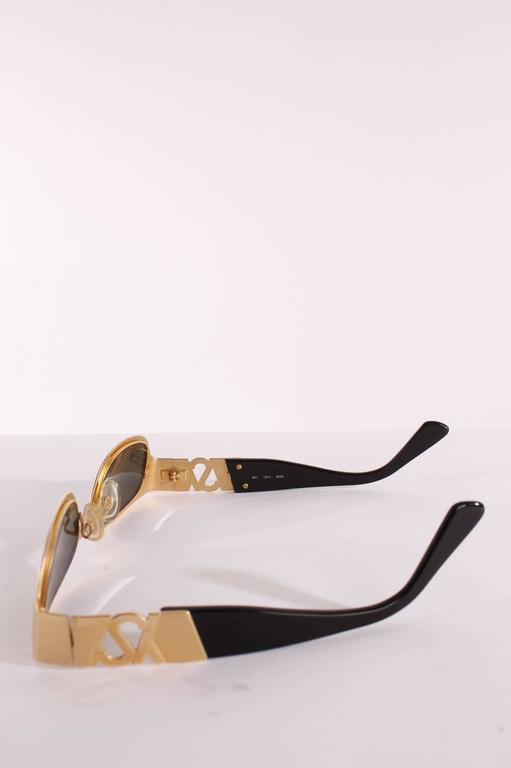 1990s Yves Saint Laurent Sunglasses - gold In Excellent Condition For Sale In Baarn, NL