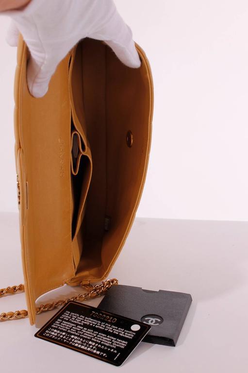 Women's 2003 Chanel E/W East West Baguette Flap Clutch Bag - camel/gold For Sale