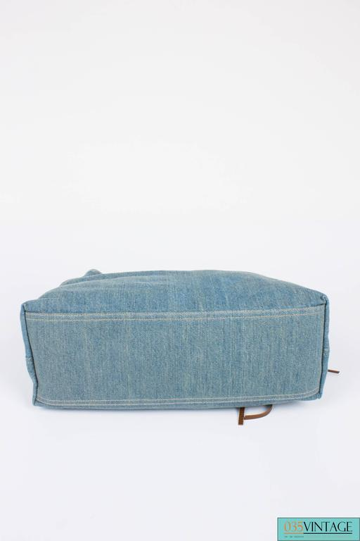 Women's Gucci Blue Denim Medium Soho Tote Bag - blue denim/brown leather For Sale