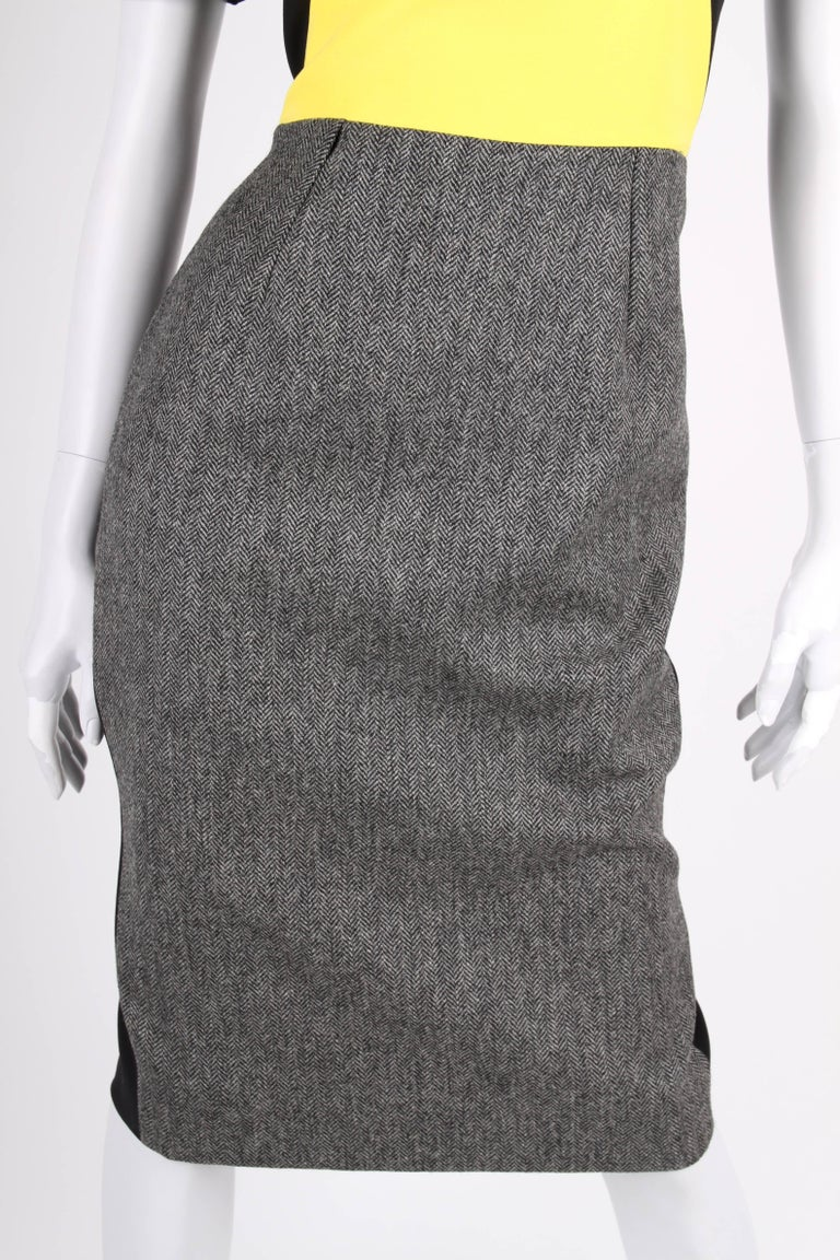 Victoria Beckham Dress - black/grey/yellow In Excellent Condition For Sale In Baarn, NL