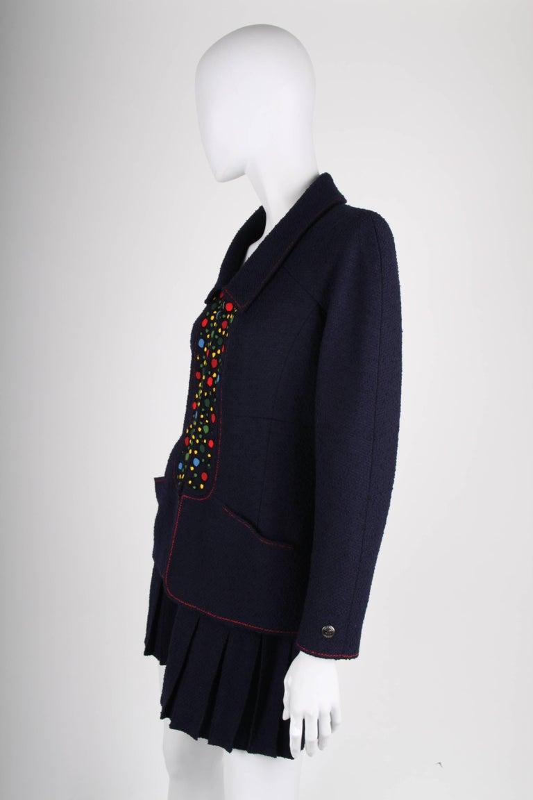 Chanel Vintage 2 Piece dark blue Boucle Suit, 1997 For Sale 1