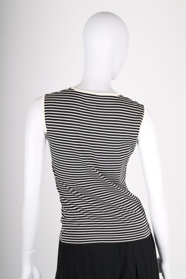 Chanel Striped Sleeveless Top - black & white In Good Condition For Sale In Baarn, NL
