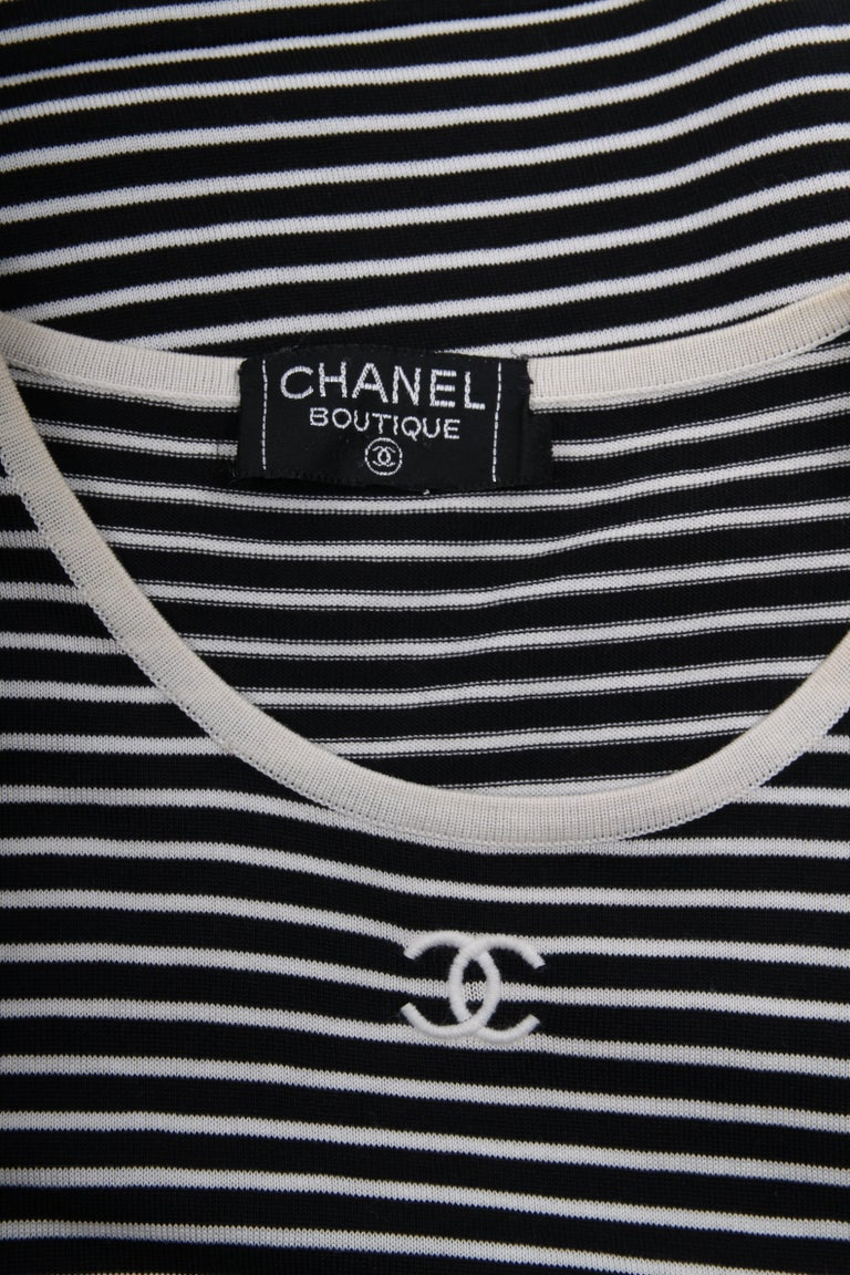 Black Chanel Striped Sleeveless Top - black & white For Sale
