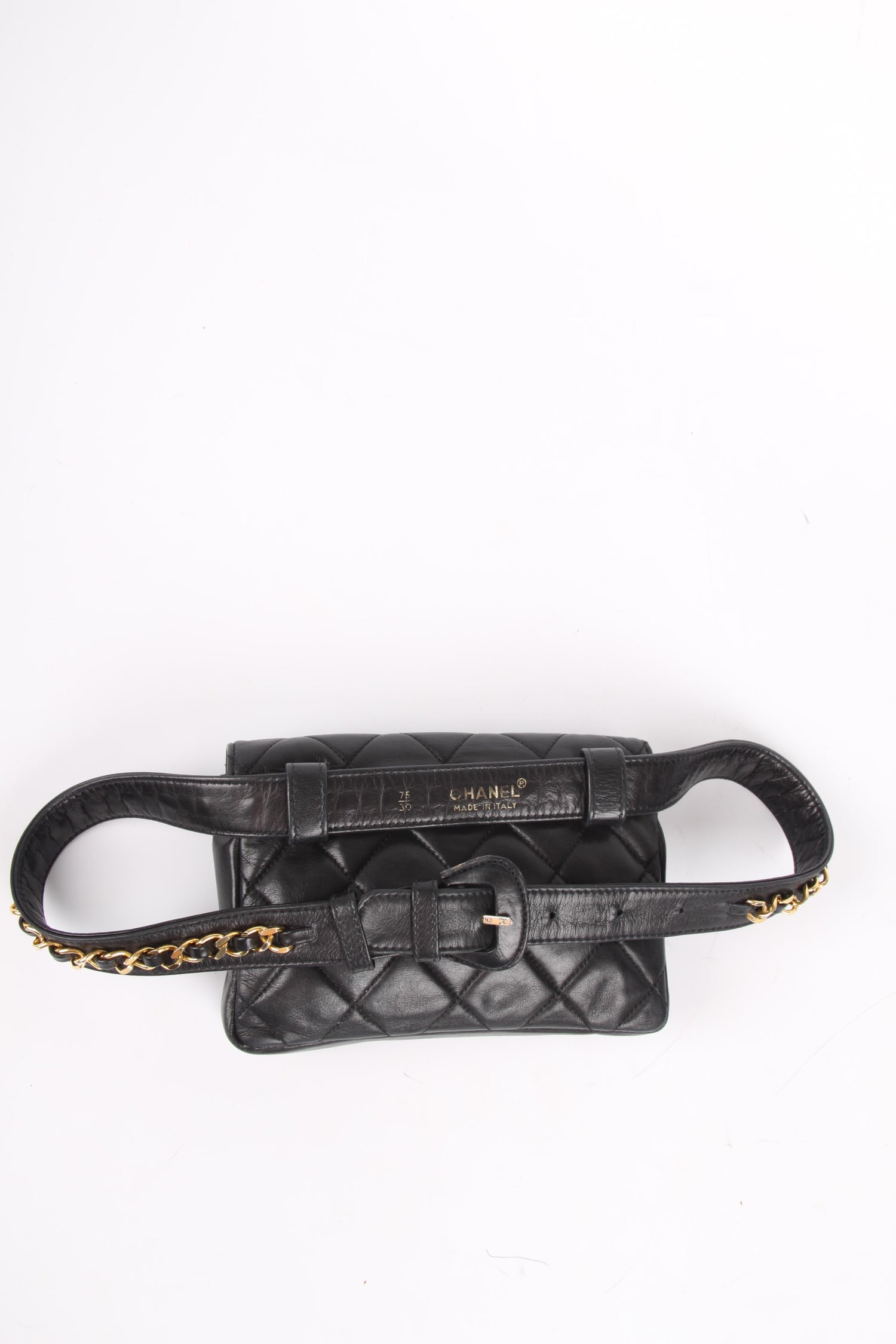 d6c90a3151f9 Chanel Belt Bag Leather - black/gold For Sale at 1stdibs