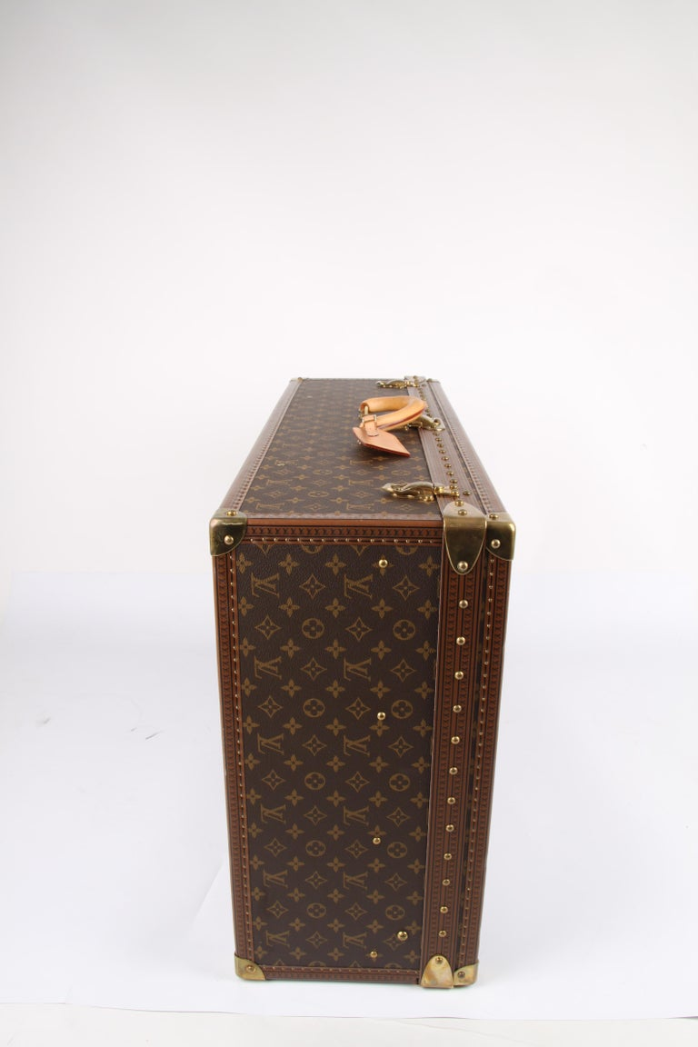 Women's or Men's   Louis Vuitton Monogram Trunk Suitcase - brown   Louis Vuitton Monogram Trunk S For Sale
