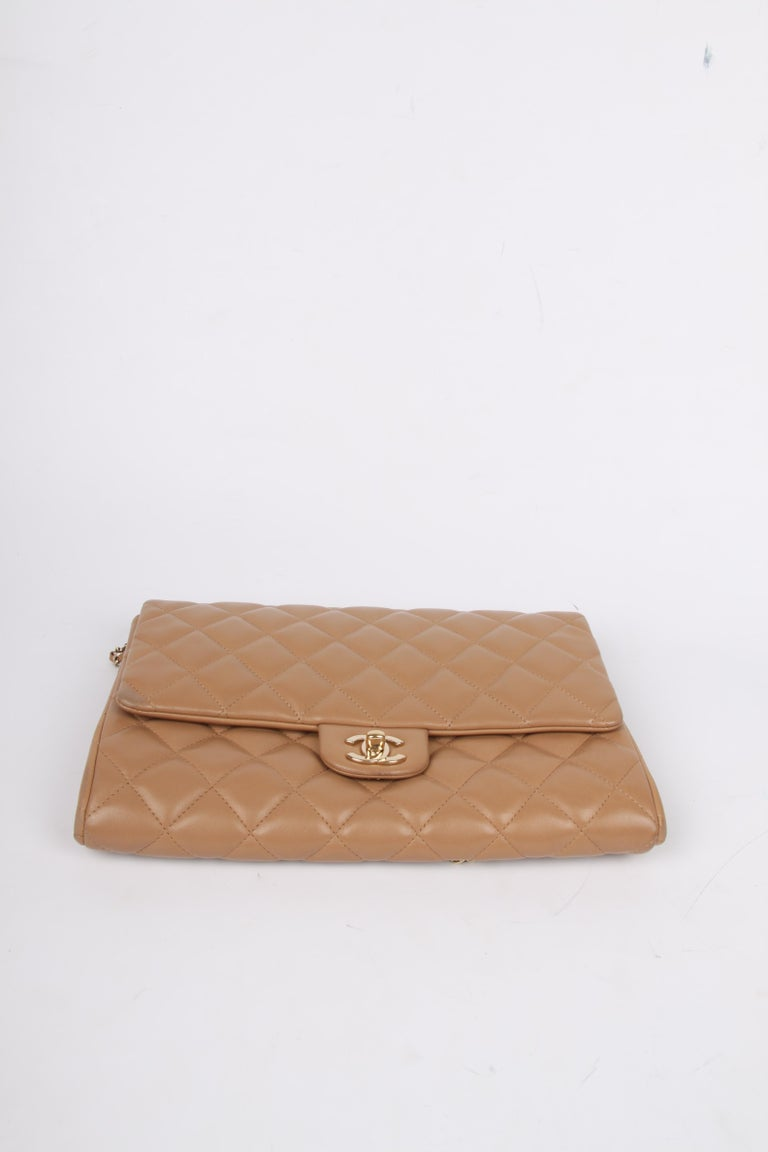 Chanel Quilted Clutch with Chain - beige For Sale 1