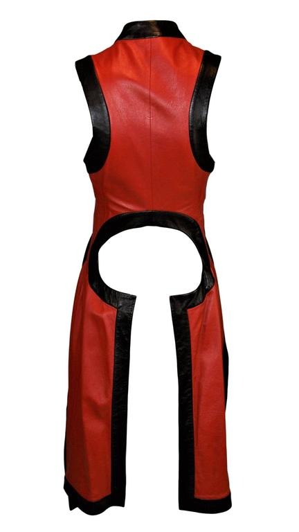 Women's S/S 2000 Runway Alexander McQueen Red & Black Leather Vest Jacket 38 For Sale