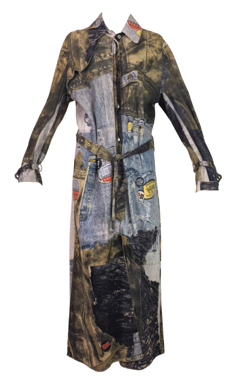 F/W 2001 Christian Dior John Galliano Diorella Print Velvet Suede Coat Jacket In Good Condition For Sale In Yukon, OK