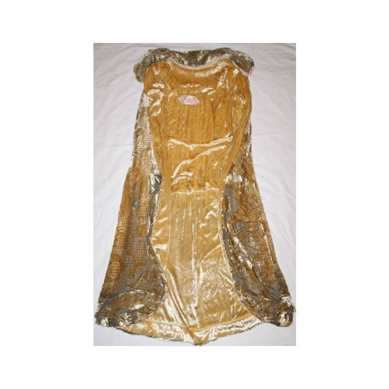 1920 39 s jean patou haute couture gold brocade velvet cape for 1920 s haute couture