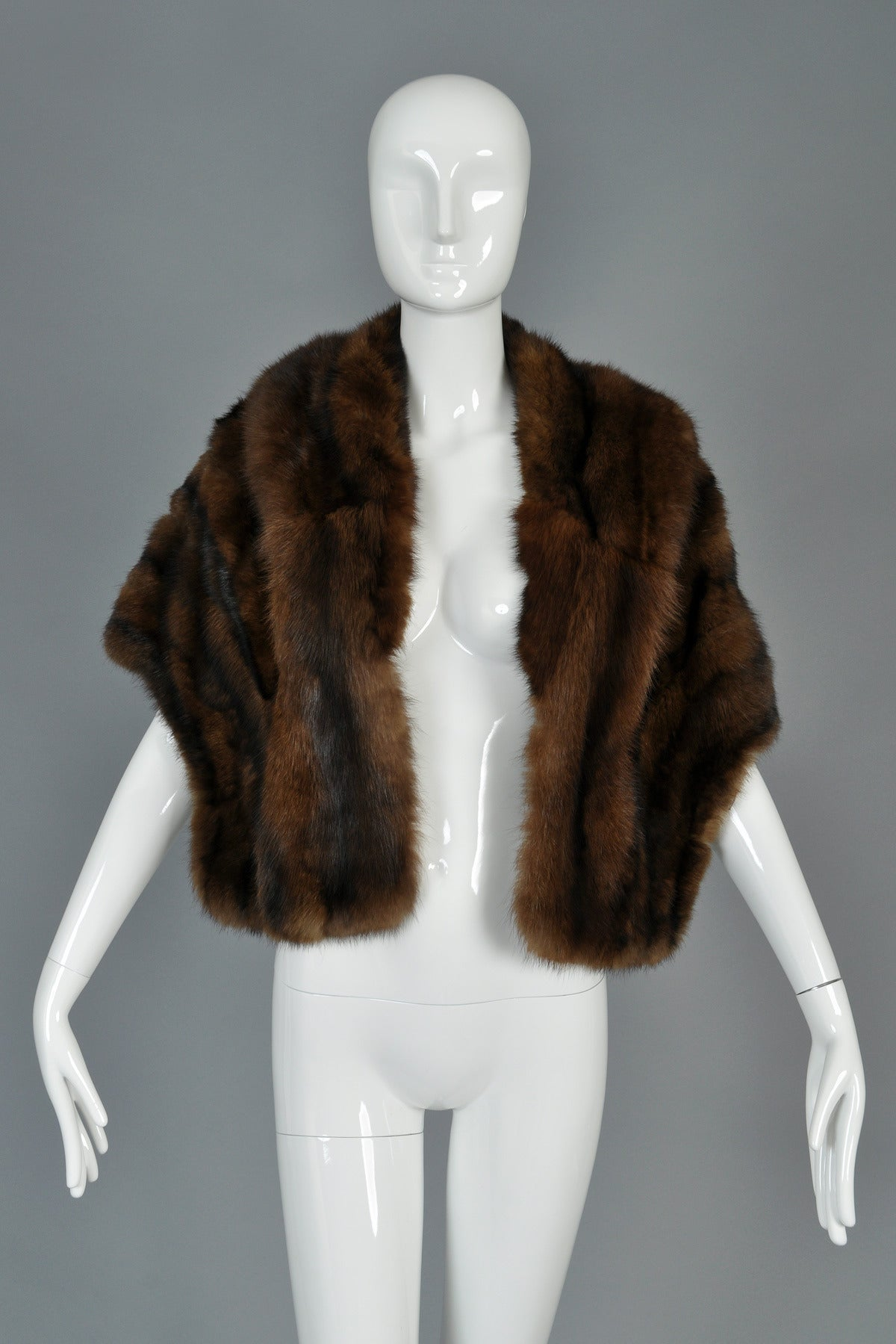 1950s russian sable fur stole at 1stdibs - Stoel fur ...