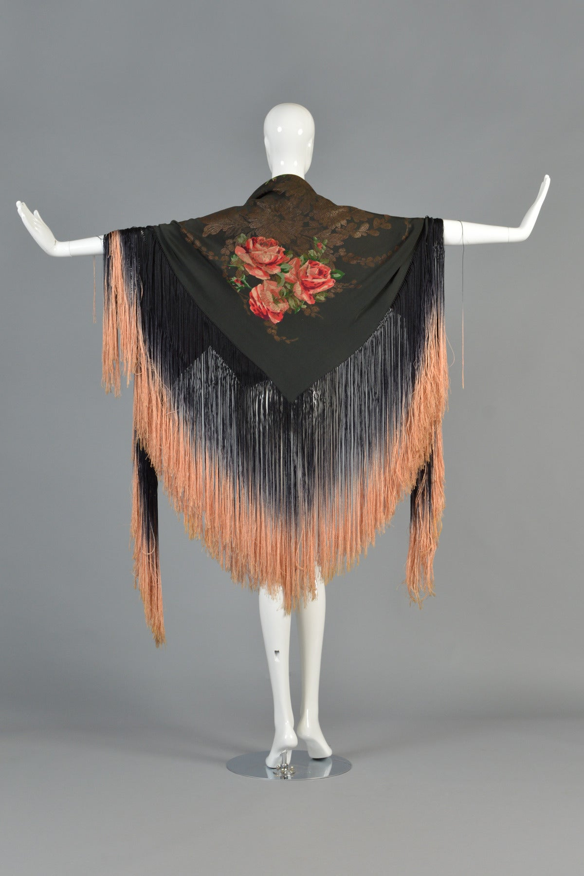 1920s silk lam u00e9 floral piano shawl with fringe for sale at