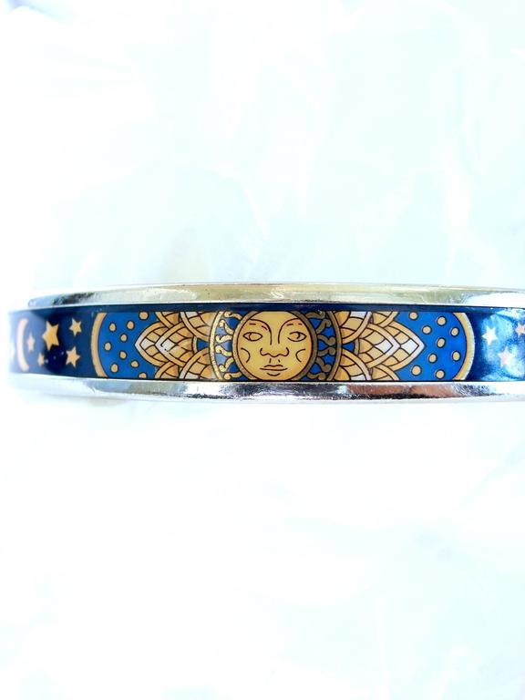 Contemporary Hermes Sun Moon Stars Printed Enamel + Silver Bracelet Narrow Bangle sz 70 2007  For Sale