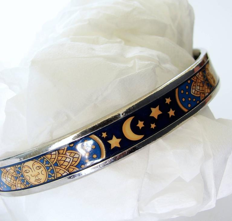 Hermes Sun Moon Stars Printed Enamel + Silver Bracelet Narrow Bangle sz 70 2007  In Good Condition For Sale In Port Saint Lucie, FL
