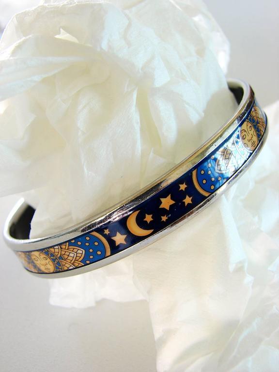 Women's Hermes Sun Moon Stars Printed Enamel + Silver Bracelet Narrow Bangle sz 70 2007  For Sale