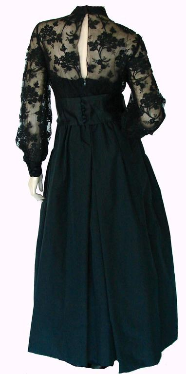Ronald Amey Evening Gown Black Lace and Silk Taffeta Sz M 1970s  For Sale 2