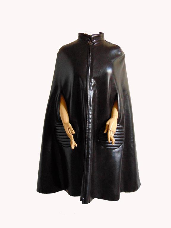 Unique Pierre Cardin Space Age Vinyl Cape Espresso Brown Faux Fur Lining 60s M 2